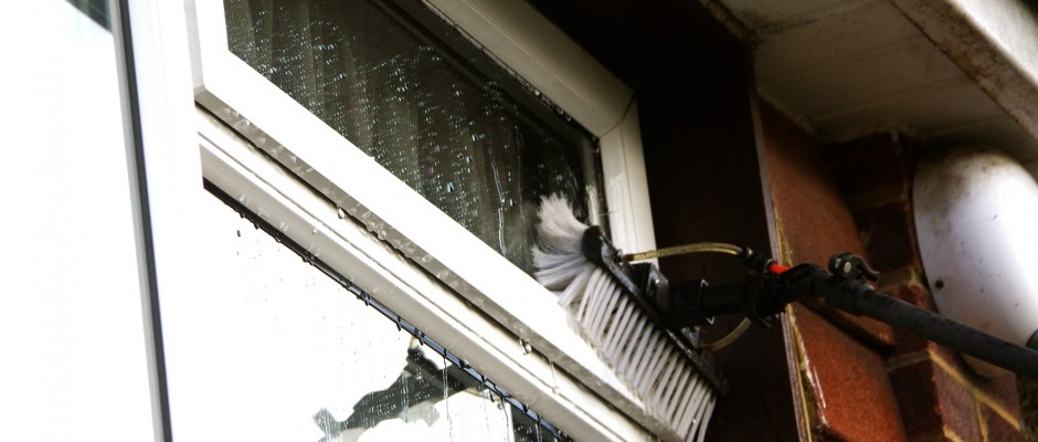 Pole System Window Cleaning Close Up